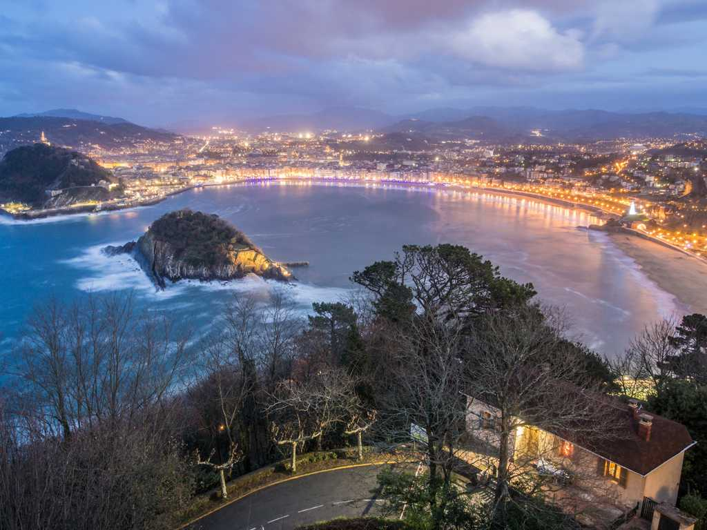 San Sebastian - Photo by Raul Cacho Oses on Unsplash